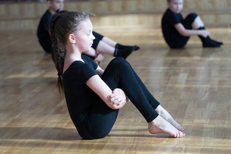 Nauka tańca w szkole